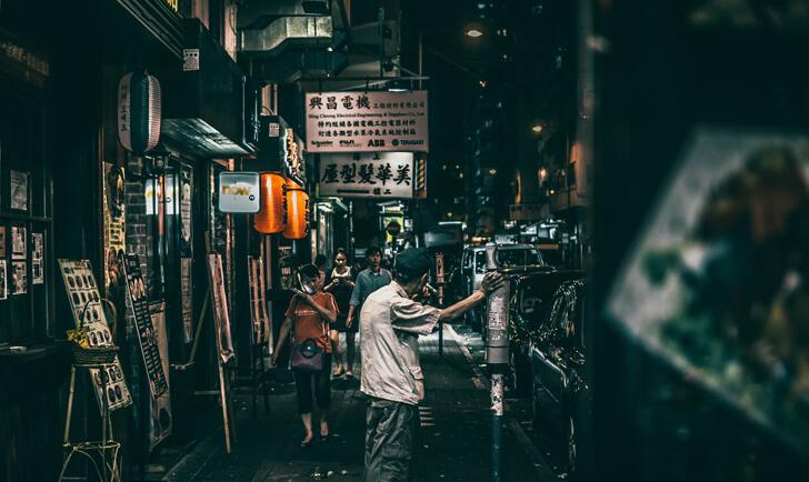 中国人観光客のマナーの悪さに隠れる日本人