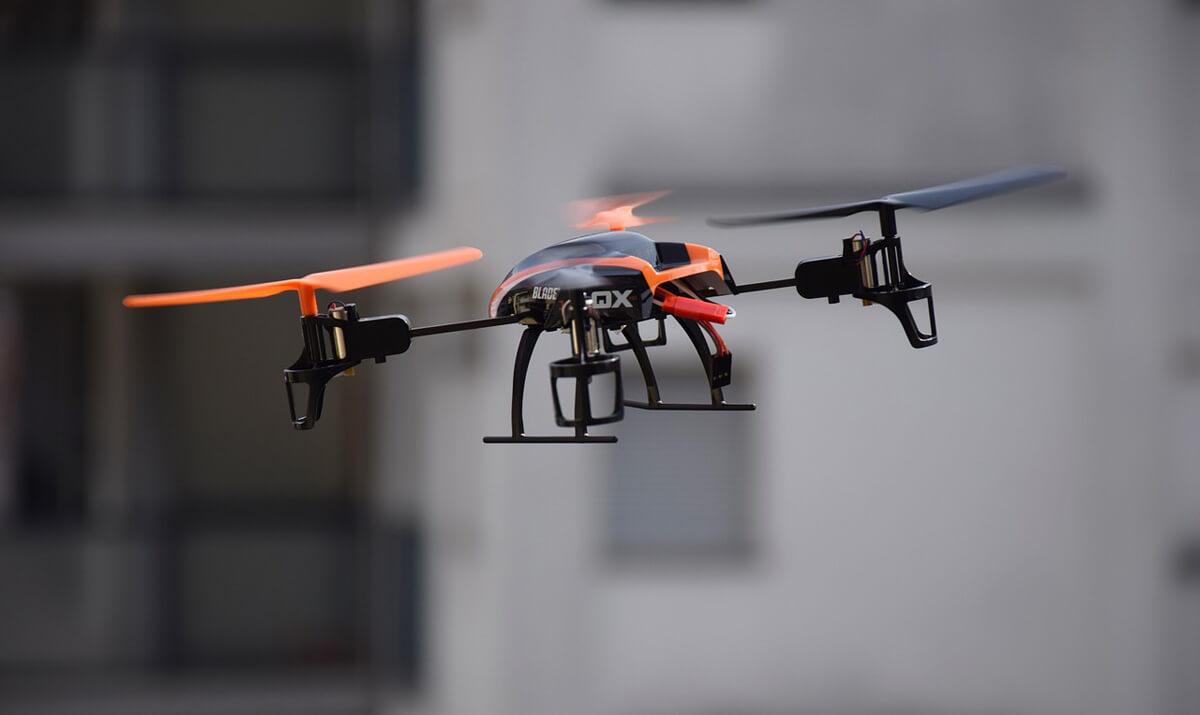 空撮ラジコンヘリ「ドローン」マルチコプターのオススメ&価格比較