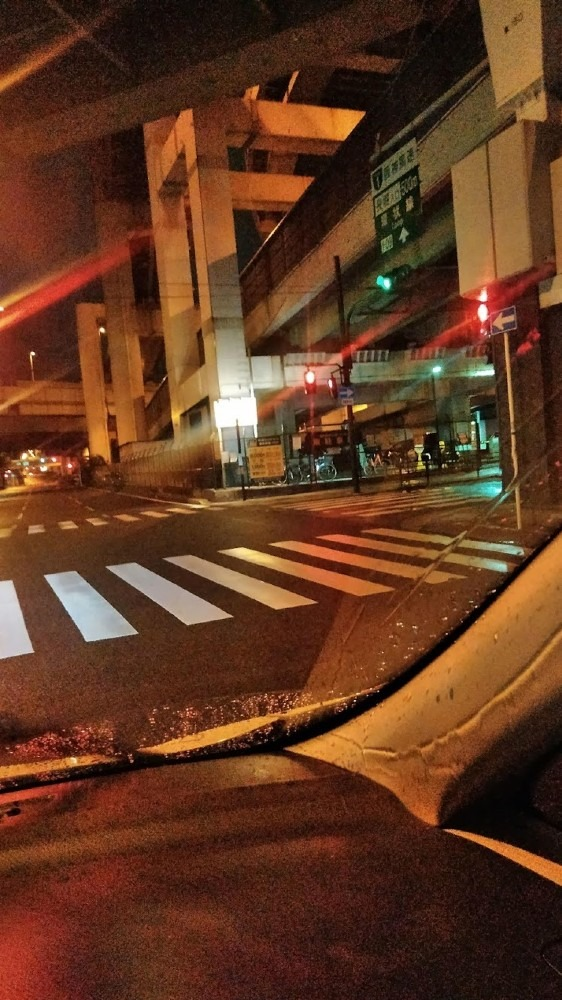 深夜の大阪にて
